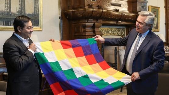 Fernández celebró que la democracia haya vuelto a Bolivia