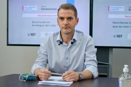 """Suárez Moré: """"Compórtense como si tuvieran el virus"""
