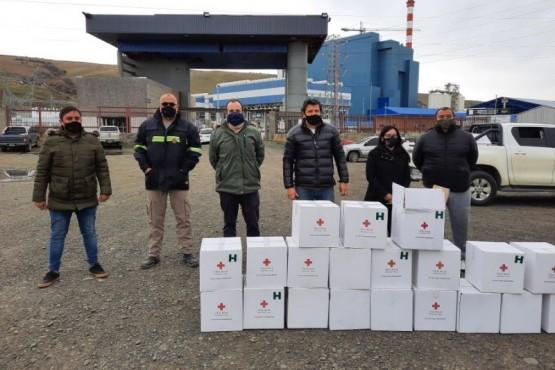 Cuenca Carbonífera| Vialidad Provincial entregó kits de ayuda humanitaria de la Cruz Roja