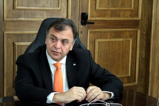 Belloni anunció ayuda económica por única vez