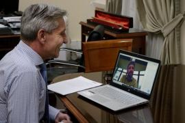 Arcioni en una videoconferencia con el nuevo Secretario General del Consejo Federal de Inversiones
