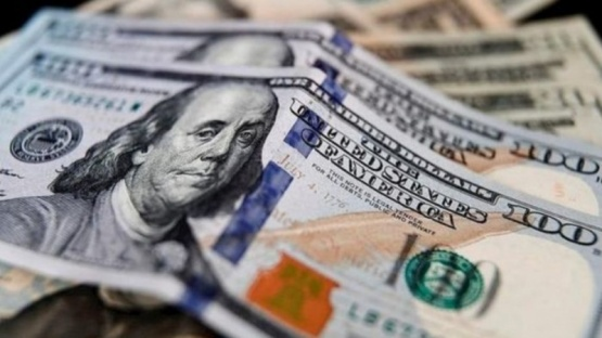 Fuerte baja del dólar blue