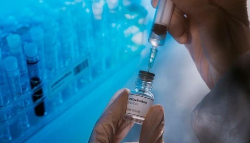Un experto que asesora al Gobierno aseguró que el plasma no sería eficaz contra la enfermedad