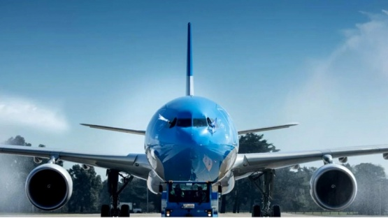 Aerolíneas Argentinas programó más de 650 vuelos de cabotaje e internacionales