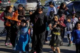 """Halloween: El COE recomienda que los niños no realicen el reconocido: """"Dulce o Truco"""""""