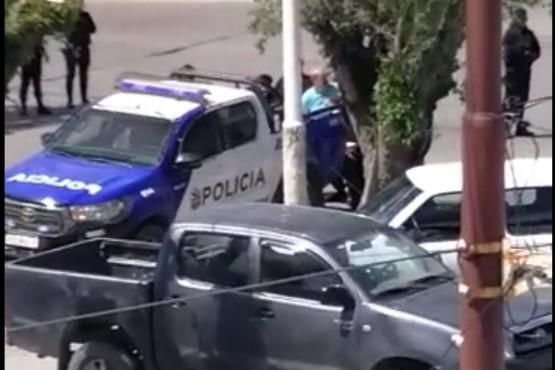 Detenido por intentar apuñalar a varias personas