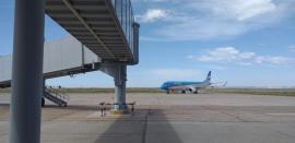 Arribó un nuevo vuelo a Trelew procedente de Buenos Aires