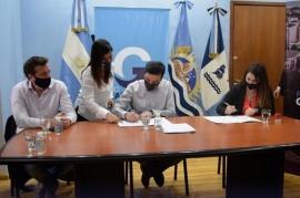 Gobierno firmó convenio con la Municipalidad para incorporar 700 familias a la red de gas