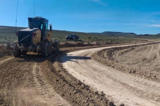 Trabajos para garantizar la transitabilidad en las rutas santacruceñas.