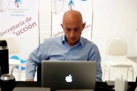 Cotillo participó del conversatorio en el marco de la Expo Industrial y Comercial