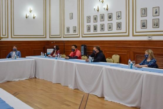 Municipio y Provincia trabajan en conjunto por una posible ampliación de actividades permitidas