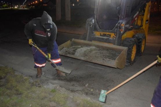 Continúan los operativos nocturnos de limpieza de calles