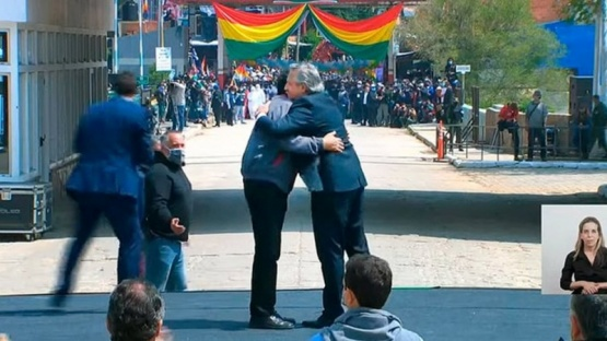 Alberto Fernández acompañó a Evo en su regreso a Bolivia