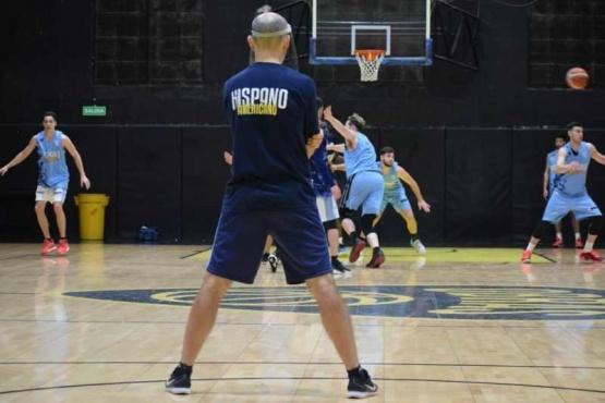 Piccato sigue trabajando en la puesta a punto del equipo.