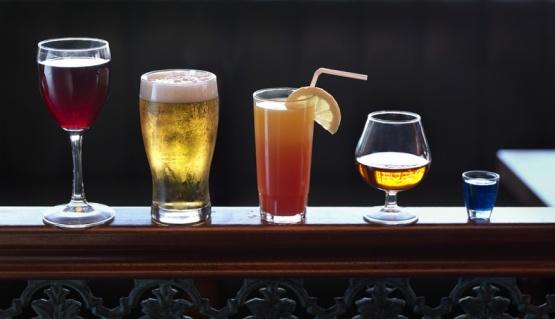 Descubren una forma de eliminar el alcohol en sangre tres veces más rápido que el hígado
