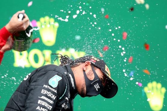 Lewis Hamilton se coronó campeón en Turquía y alcanzó a Michael Schumacher