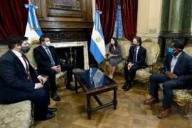 Un miembro del FMI que se reunió con Martín Guzmán y Sergio Massa dio positivo de Covid-19