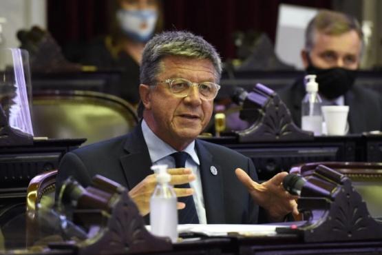 Menna propone modificar e incorporar artículos del Código Penal por usurpaciones