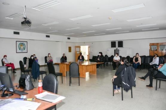 Los 11 estudiantes próximos a recibirse, comenzaron a capacitarse en el Hospital Regional. (Foto C.R)