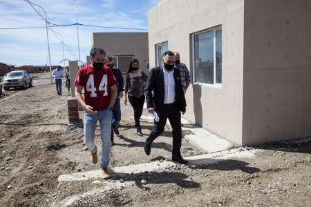 Río Gallegos| Autoridades recorrieron los avances de obra del Barrio Santa Cruz