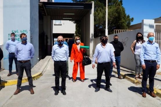 Caleta Olivia| Autoridades realizaron una recorrida por la obra de ampliación del laboratorio del HZCO