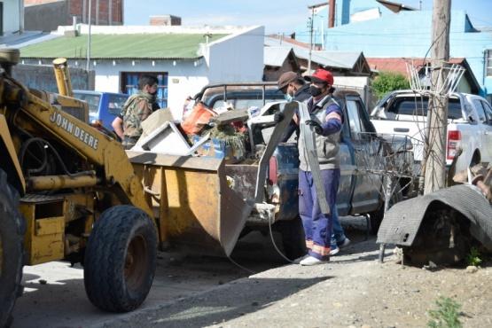 Río Gallegos| Continúa el operativo de limpieza en el Barrio Belgrano