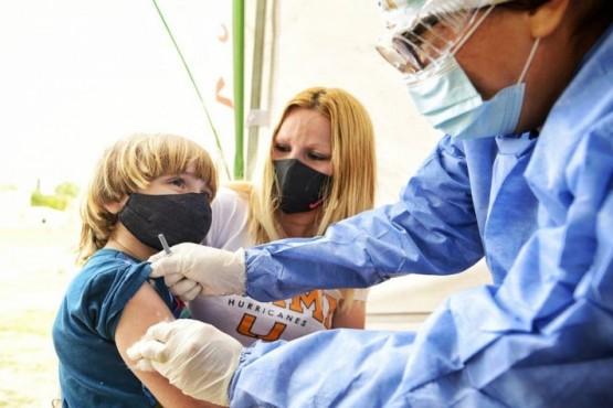 El Municipio de Esteban Echeverría busca personal para aplicar la vacuna contra el Covid-19