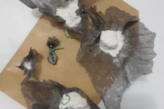 A los demorados se les secuestró clorhidrato de cocaína.