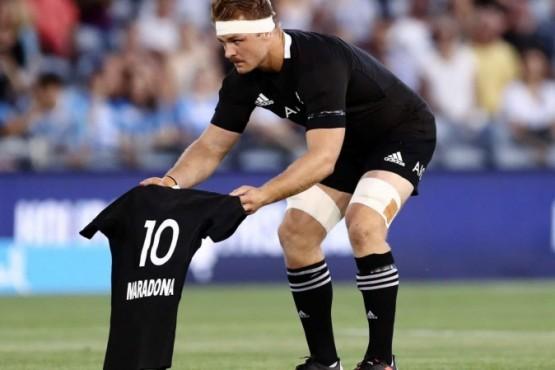 El conmovedor haka de los All Blacks en homenaje a Maradona