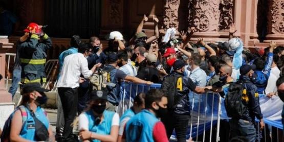 """Sabina Frederic, sobre el velorio de Diego Maradona: """"No todo fue un papelón"""""""