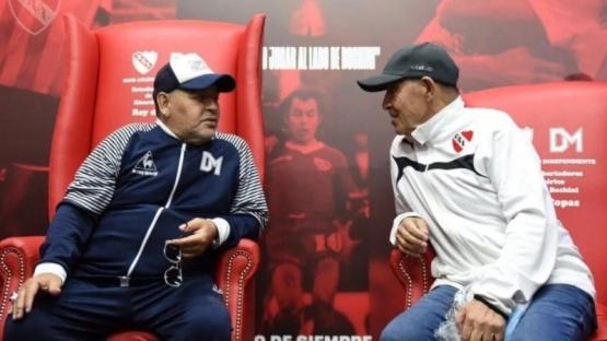 Maradona y Bochini.