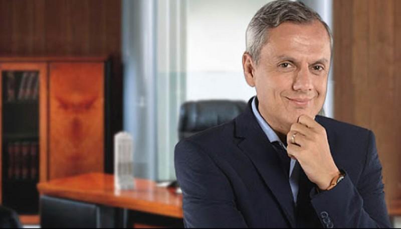Bernardo Stameteas, Dr. en Psicología.