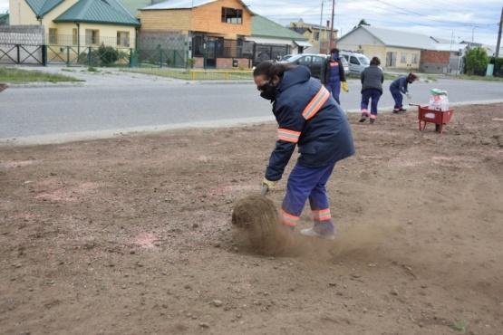 Río Gallegos  Continúa el embellecimiento de la calle Gotti
