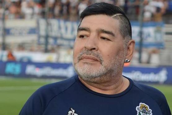 Diego Maradona les habría pagado a sus hermanas hasta $100.000 para que lo cuidaran