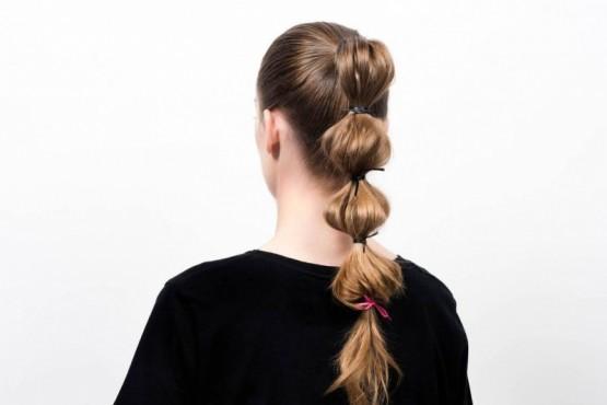 Bubble ponytail: la clásica cola de caballo tiene una nueva variante