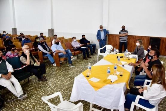 Comodoro Rivadavia  Autoridades municipales se reunieron con pastores y líderes evangélicos