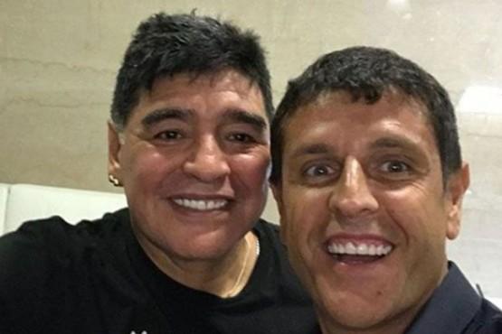 """Revelación de un viejo amigo de Maradona: """"Hace un año me dijo ´estoy cansado, me voy con mi mamá y mi papá'"""""""