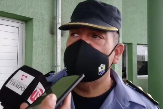 Comisario Walter Azua.
