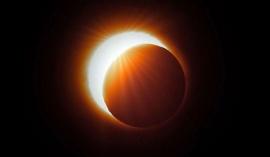 """Un astrólogo predijo un """"camino oscuro"""" después del eclipse solar"""