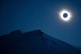 """Eclipse: para la astrología será un """"camino oscuro"""" y traerá actos violentos"""