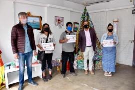 Trelew| 750 kg de harina fueron entregados a 15  emprendedores de la ciudad