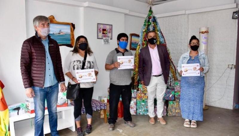 Trelew  750 kg de harina fueron entregados a 15  emprendedores de la ciudad