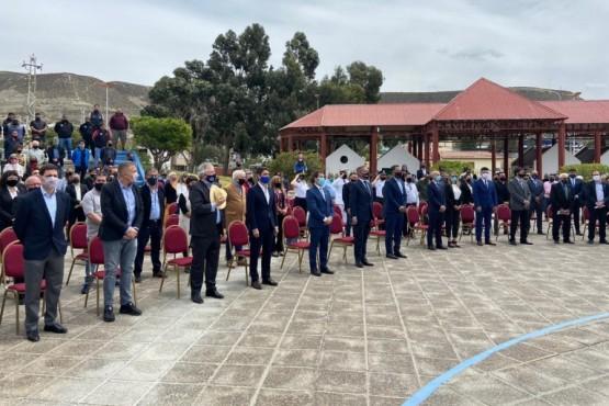 Comodoro Rivadavia| Provincia entregó materiales a productores periurbanos de Km 17