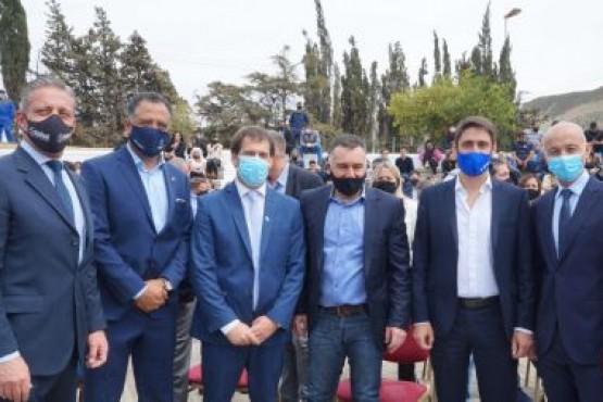 Santa Cruz| Autoridades Provinciales asistieron al acto por el Día del Petróleo en Comodoro Rivadavia