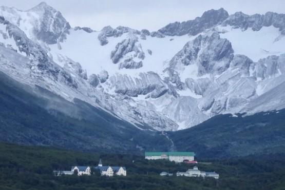 Se aproxima el verano y Ushuaia sigue con nevadas