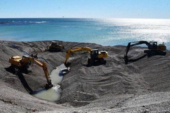 En Caleta sigue el problema del agua.