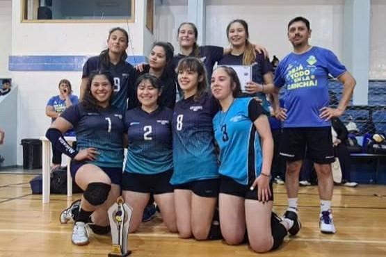 Los campeones fueron premiados al finalizar la competencia.