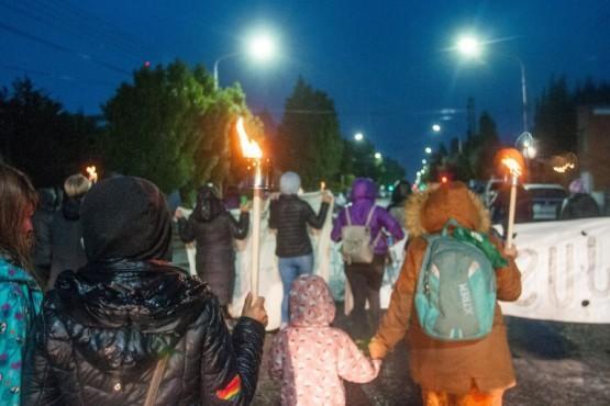 Río Gallegos| Marcha de antorchas en pedido de justicia por causas de abuso sexual infantil