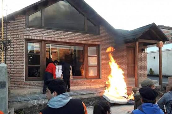 Actos vandálicos contra viviendas de los funcionarios de YCRT.
