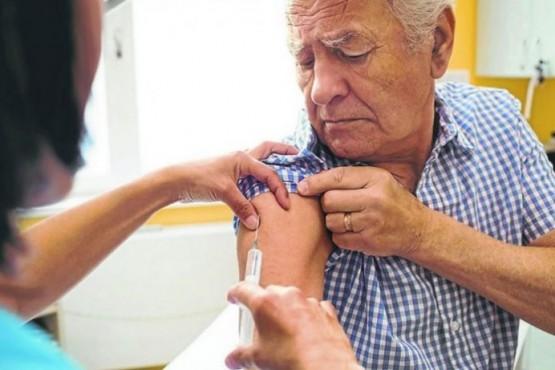 PAMI reveló el plan de vacunación para los adultos mayores